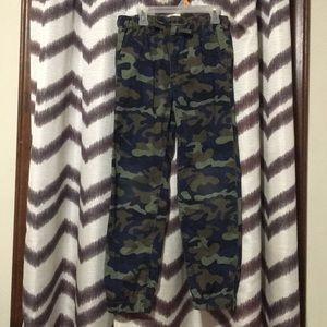 Boys camo Gap kids pants size large regular